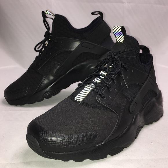 comienzo déficit Cruel  Nike Shoes | Air Huarache Ultra Se Premium Triple Black Sz | Poshmark